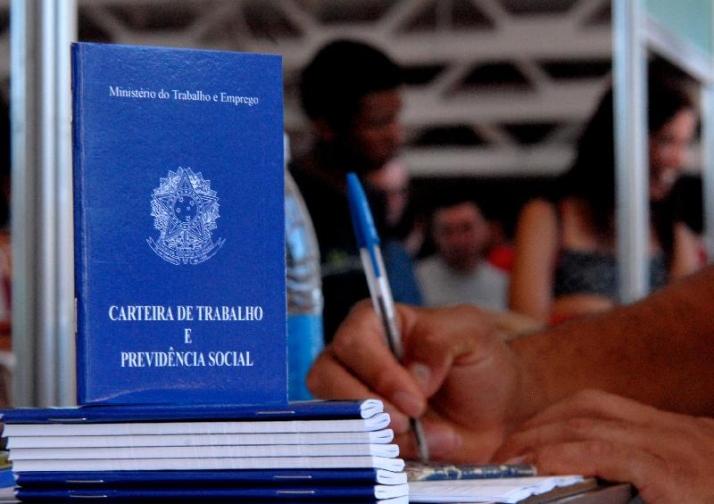 Confira as vagas de emprego disponíveis nas Unidades do SINE/IDT do cariri nesta terça-feira (03/04)