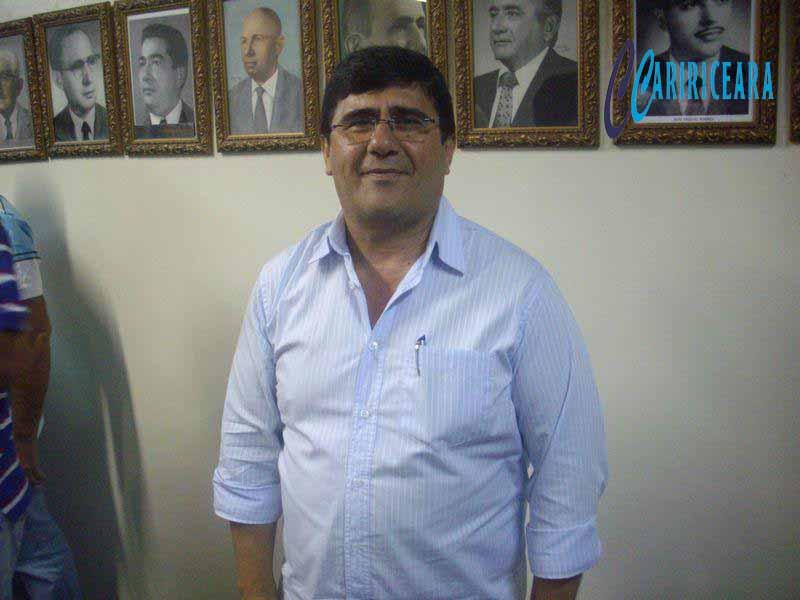 Justiça mantém denúncia de improbidade contra ex-prefeito do Crato, Samuel Vilar de Alencar Araripe