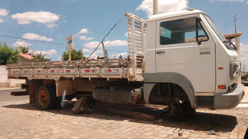 DESMONTE EM AIUABA lideranças do município de Aiuaba denunciam desmandos administrativos (3)