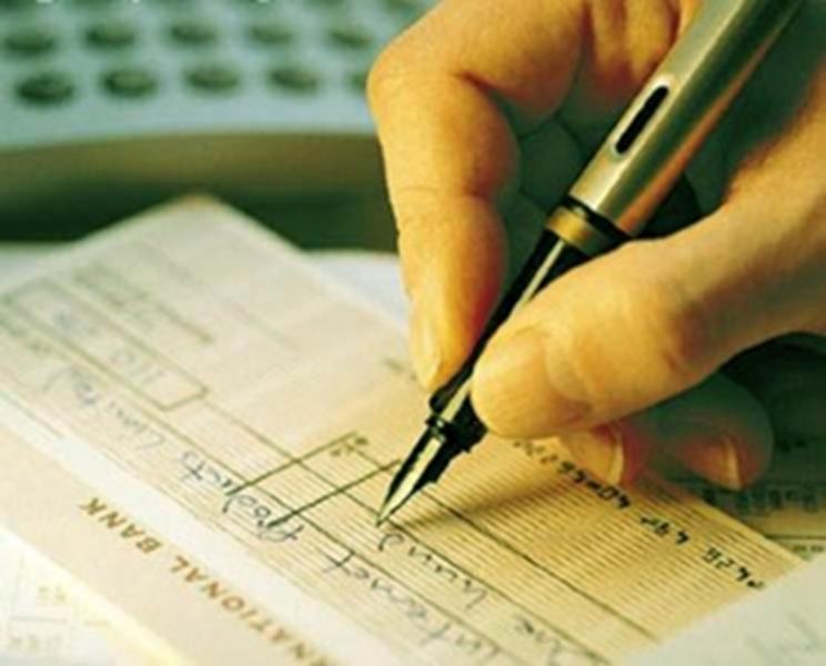 Bancos vão oferecer parcelamento de dívida do cheque especial