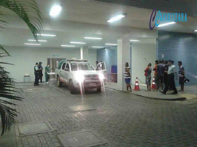 Bandidos trocam tiros com a polícia e um acaba baleado após tentativa frustrada de assalto, em Juazeiro do Norte.