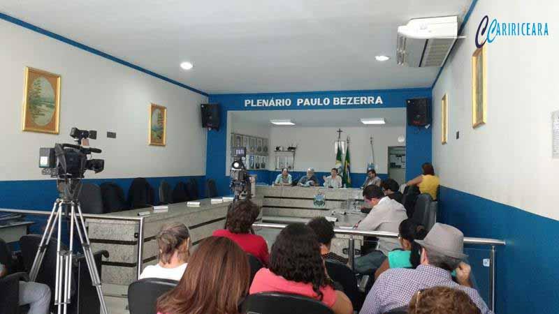 Câmara Municipal do Crato realiza audiência pública sobre Projeto de reajuste das tarifas de água e serviços da SAAEC (1)