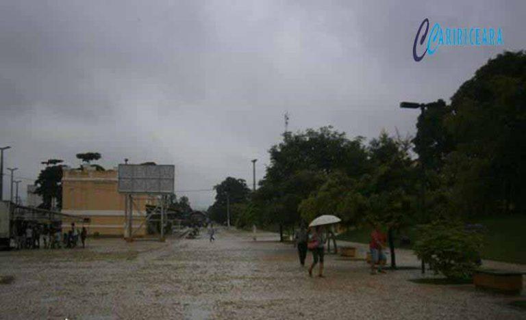 Ceará tem chuvas de até 90 mm; Ibiapina, Crato, Iguatu e Juazeiro registram maiores volumes