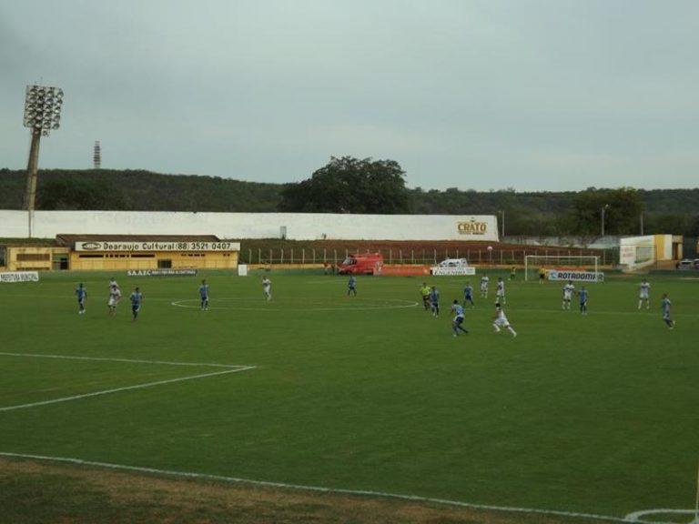 Futebol - estádio Mirandão em Crato foto caririceara.com