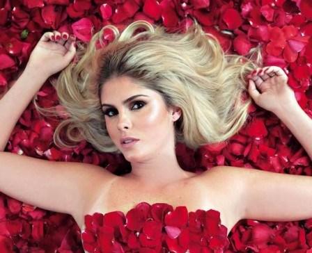 Em ensaio inspirado no filme 'Beleza americana', Bárbara fala sobre sua estreia como atriz Foto: Rafael Moraes