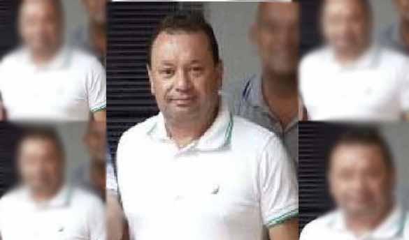Resultado de imagem para Vice-prefeito morre após cair sobre garrafa de vidro