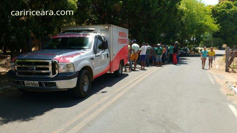 Dona-de-casa morre ao ser atropelada por automóvel  após descer de topic na rodovia que liga Caririaçu a Juazeiro do Norte