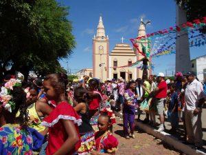BARBALHA Juiz disciplina participação de crianças e adolescentes nas festas de Santo Antonio FOTO INTERNET