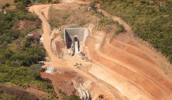 ABASTECIMENTO DE ÁGUA Maior túnel do Cinturão das Águas é concluído em Missão Velha