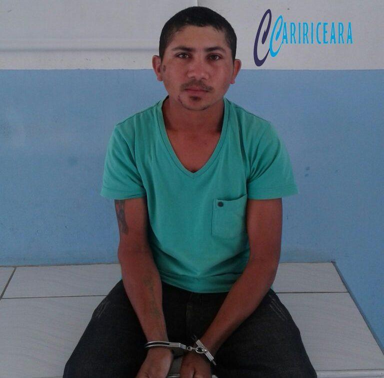 Após cometer homicídio à faca e tentar matar outro tiro, agricultor é preso pela PM de Campos Sales.