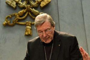 'Número 3' do Vaticano é indiciado por abusos sexuais.