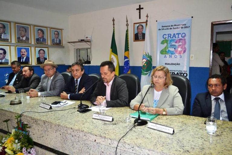 CÂMARA DO CRATO Sessão solene comemora aniversário do município