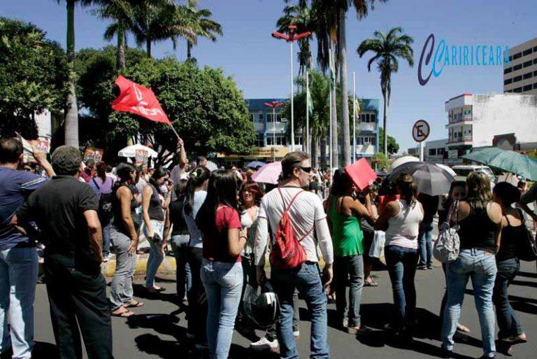 Servidores de Juazeiro caminham para deflagração de greve geral