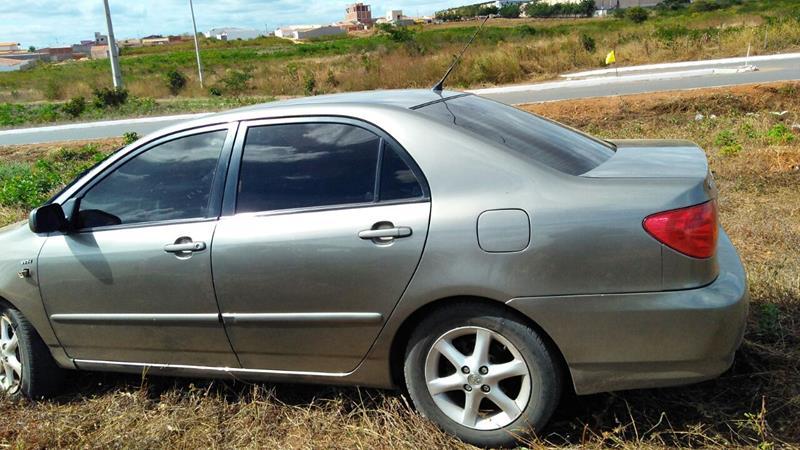 Veículo recuperado de roubo na cidade de Jardim,e apreendido a tarde no bairro cidade Universitária em Juazeiro Foto: Divulgação - Polícia Militar