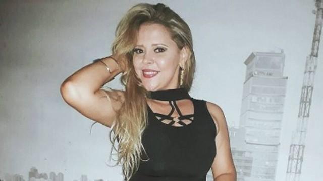 Ex-vocalista da 'Cavaleiros do Forró', a cantora paraibana Eliza Clivia morre em acidente de carro em Aracaju-SE