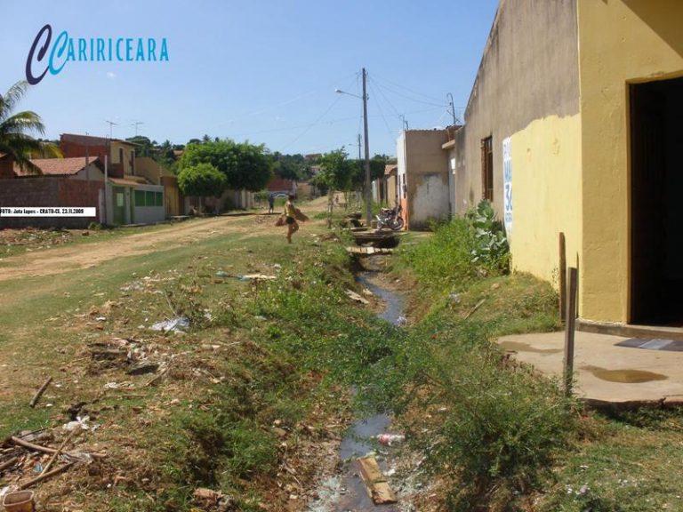 Crato esgoto_Foto_ Jota Lopes-Ag. Caririceara.com