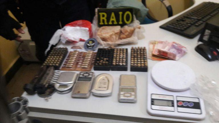 Policiais do RAIO apreendem 802 gramas de cocaína, 615 gramas de crack mais 172 munições de calibres diversos em Juazeiro.