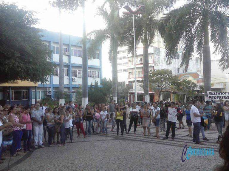 Greve dos Servidores do Município de Juazeiro vai fazer 30 dias FGOTO_JOTA LOPS_AGÊNCIA CARIRICEARA.COM