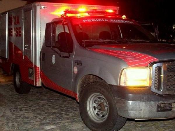 Dois homicídios e um acidente de transito com vítima fatal registrados no intervalo de duas horas no cariri.