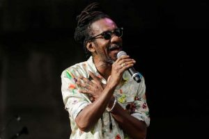 Morre o cantor Luiz Melodia, de câncer, aos 66 anos
