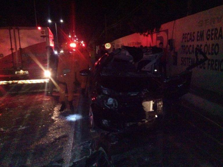 Colisão entre carro de passeio  e caminhão mata homem de 49 anos, em Juazeiro do Norte.
