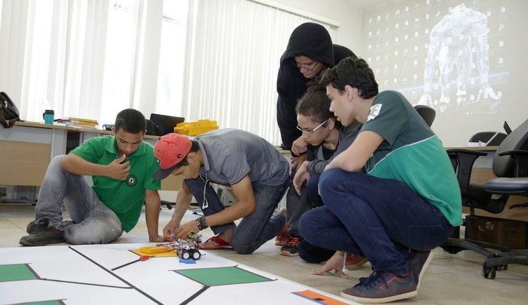 IFCE Crato abre inscrições para competição de robótica
