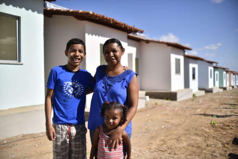 Mais de 4 mil pessoas com entrega de moradias no Crato