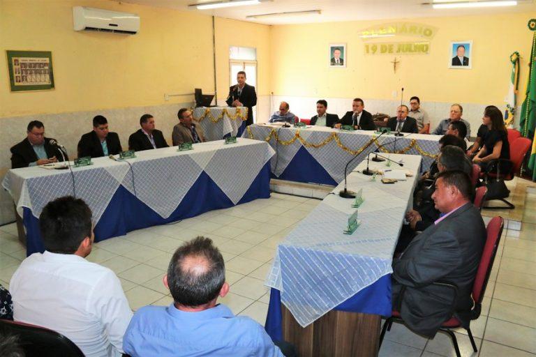 Assaré sediou primeiro Fórum Regional de Vereadores