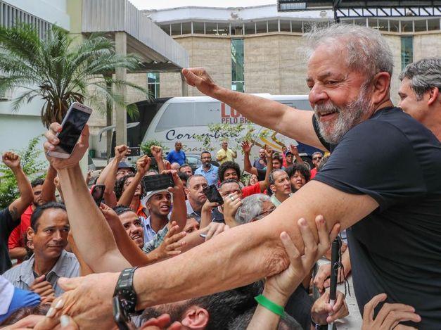 """""""Acho que Moro é surdo e não ouve o que eu falo"""", diz Lula"""