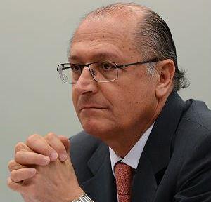 Alckmin: tucano que votar contra a reforma será punido