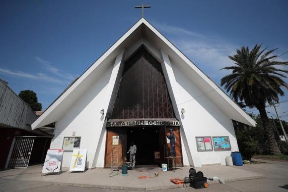 Contra visita do papa, nunciatura do Chile é ocupada e igrejas são atacadas