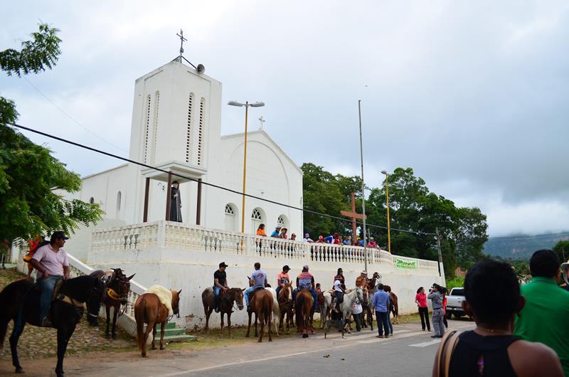 Em Crato, acontece na próxima sexta-feira, 25, a 105ª Festa da Santa Cruz da Baixa Rasa