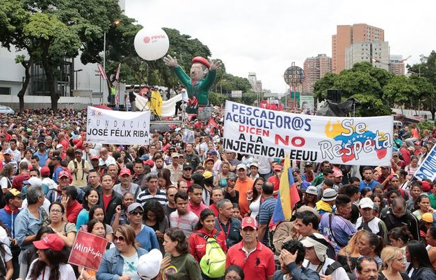 Venezuela adverte que sanções dos EUA não intimidarão militares