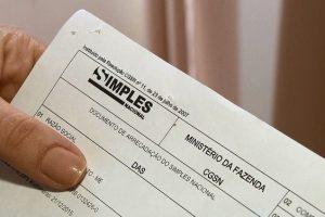 Empresas excluídas do Simples têm até quarta-feira para regularizarem situação