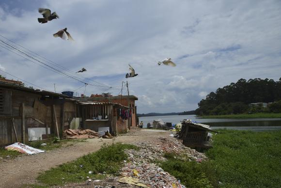 Recuperação de mananciais passa por soluções para moradia nas cidades