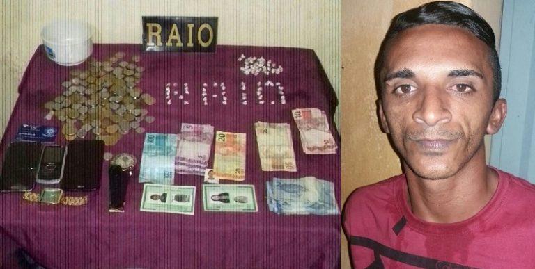 Acusado de tráfico é preso de posse de 80 pedras de Crack no bairro do Socorro, em Juazeiro