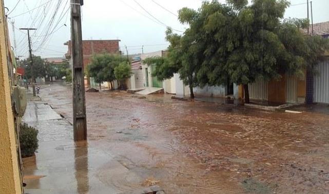 Choveu 100 mm na Zona Rural de Barbalha, nesta quarta-feira (07)