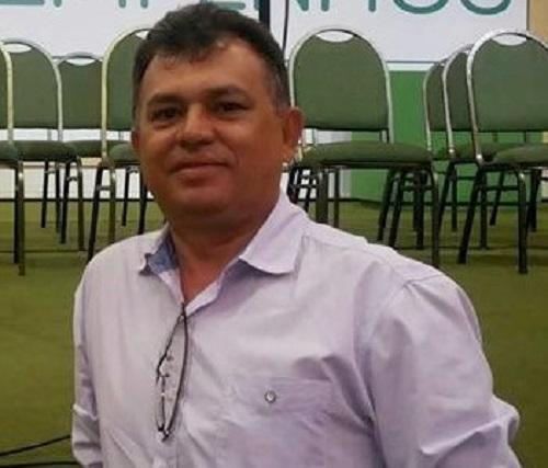 """Ex-prefeito de Altaneira rebate líder da """"oposição"""""""