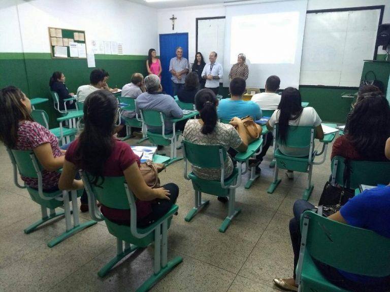 Micro e pequenos empresários participam de curso em Barbalha