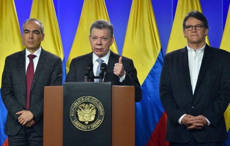 Presidente colombiano anuncia retomada de negociações com o ELN