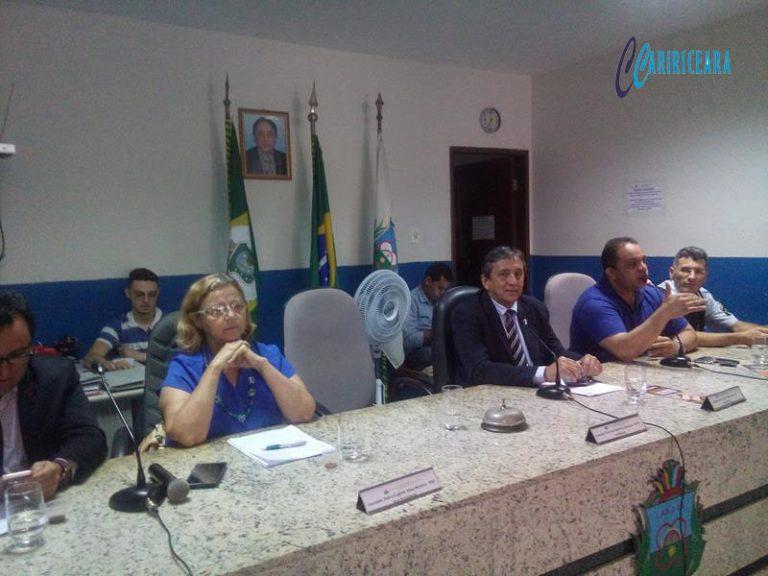 CRATO Câmara promove debate sobre o PROERD e aprova antecipação das eleições da mesa diretora