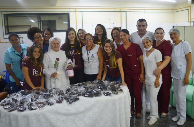 Hospital São Vicente recebe mais de 13 metros de cabelo para mulheres vítimas de câncer