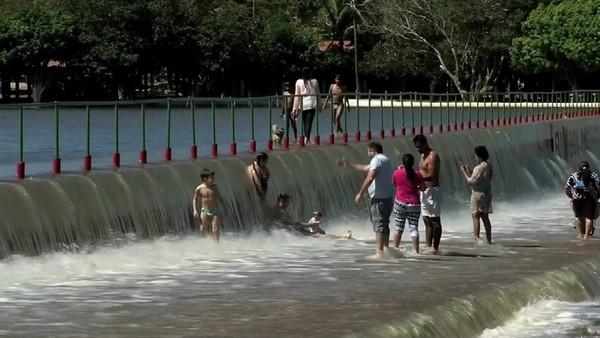Após seis anos de seca, açudes do Ceará ganham volume de água e viram pontos turísticos