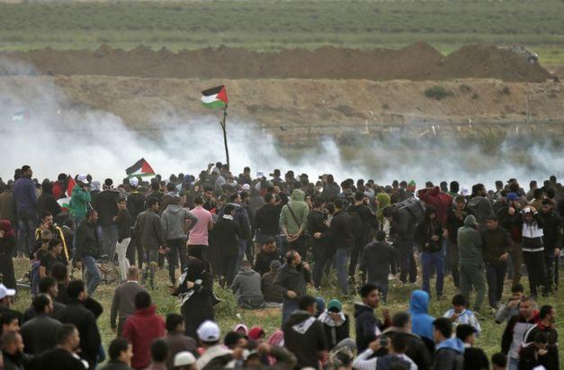 Oito palestinos mortos pelo Exército israelense em confrontos em Gaza