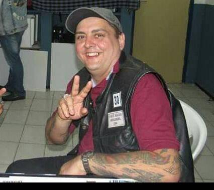Carlos André Oliveira do Nascimento de 43 anos
