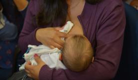 Senado aprova licença-maternidade de 180 dias