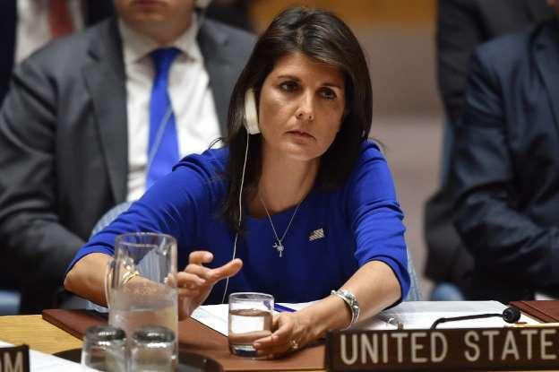 EUA prontos para bombardear a Síria em caso de novos ataques químicos
