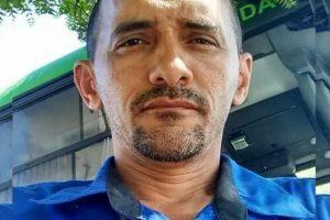 Motorista da Via Metro morre apos moto que dirigia ser colhida Caminhoneta Toyota