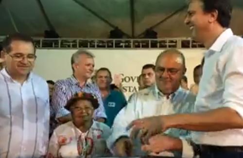Camilo desafia Ciro, elogia Eunício no Crato e reafirma aliança eleitoral