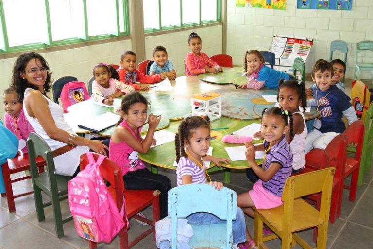 Projeto estabelece que municípios organizem listas de espera para preenchimento de vagas nas creches públicas